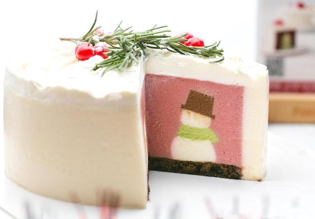 这个圣诞节没看到雪人和圣诞树?他们都跑到派悦坊家的蛋糕里啦!
