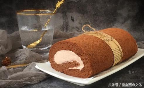 新手哪里学做蛋糕,4个鸡蛋,就能做出香甜松软的蛋糕,太香了