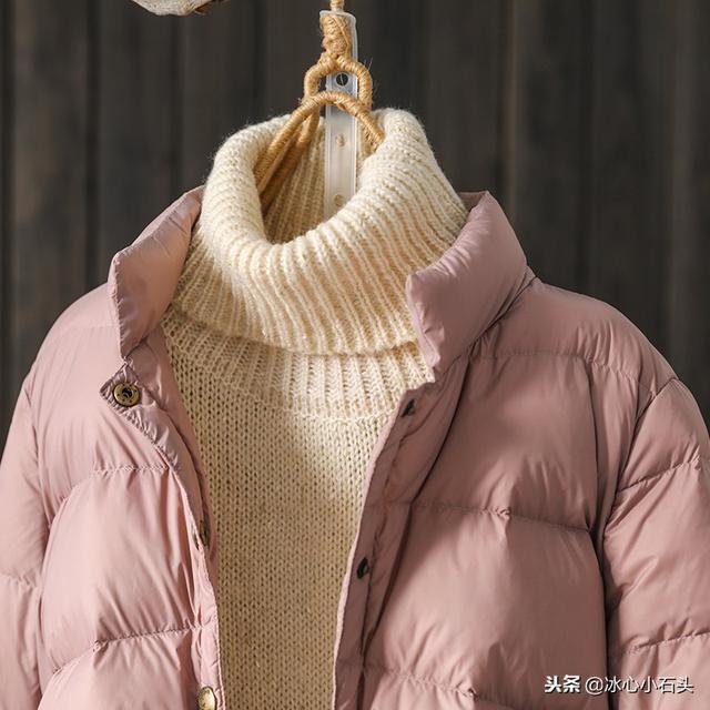 复古风轻薄宽松短款立领羽绒服外套女装面包服90绒羽绒服1129优惠券