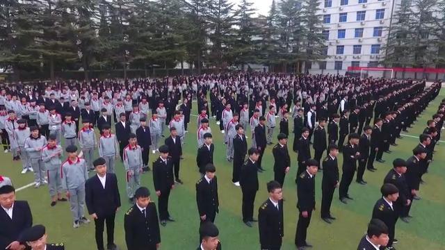 华山狗万说球集团西北学区MV《我和我的祖国》 向伟大祖国献礼!