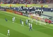06年世界杯意大利夺冠!齐达内勺子点球神作,布冯神扑法国必进头球