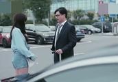 男子说他的车不是帕萨特,就是辉腾,买的时候一百多万刷的卡!