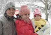 河南农民娶到漂亮美国老婆,为了老公能种地美女搬家到郑州!