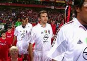 伊斯坦布尔之夜——欧足联经典回顾利物浦3-3米兰夺得欧冠