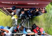 这里的年轻人为了能够偷渡移民到美国,不惜不远万里跳火车被碾压