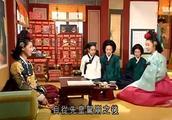 大长今:连生向皇后禀报长今的消息,皇后恢复二人身份传召回宫