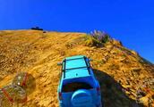 小新玩游戏:初音未来驾驶铃木维特拉爬山,能不能上去?