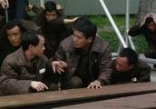 监狱风云:发哥太搞笑了,每次打架都这样跑路,简直让人不耻