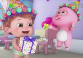 儿童动画,英语儿歌,生日快乐歌,小熊、小猴子和小豹子跳舞