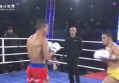 中国小将逆境求胜,绝地反击找准机会一拳KO外国勇士获得胜利