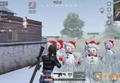 圣诞雪战模式:莫小贝1打3救队友,依靠雪人吸引对手绝了!