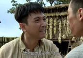 闯关东:传武不肯和秀儿一起打算离家出走被传文拦下,说他不顾家