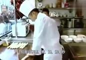 一位国外顶级厨师来到中国学习拉面,被中国厨师嫌弃