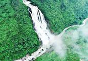 贵州有个无名瀑布,比黄果树瀑布还要高6倍,估计你都没听过