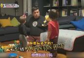 超人回来了:本和威廉为了玩具打架,爸爸解决矛盾,想了一个妙招
