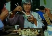 看饿了!师徒三人吃白切鸡、菜心牛肉、炒三鲜