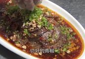 """月售1800份的""""香水牛肉"""",桌桌必点,秘制腌料大揭秘!"""