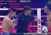 中泰之战,泰拳王师弟主场连续犯规,中国小伙惜败,裁判都看不下去了