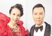 香港回归二十周年晚会 莫文蔚晒合影 港星的大合照莫名亲切 莫文蔚和甄子丹撞脸 两人不会是兄妹吧?