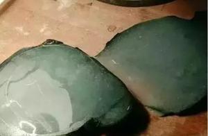 8千买的翡翠原石竟切出4只手镯,一只价值就上万!