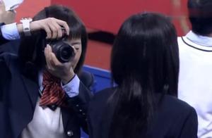 网球王子真人版:大家发现龙马回来了,一脸惊讶,老爸:这臭小子