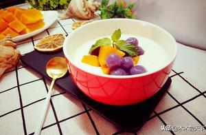 广东著名甜品(双皮奶)白白嫩嫩还很皮,也许你吃完就跟它一样!