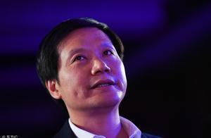 """""""牛牤""""雷军的成功史:艰苦抗战八年,他巧用反向思维成中国首富"""