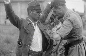 二战很多鬼子戴眼镜,一种原因是受教育程度高,另一种令人发指!