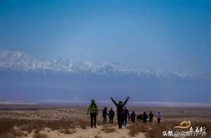 大漠戈壁中,究竟是什么样的服务?让这群人对无人区如此留恋!