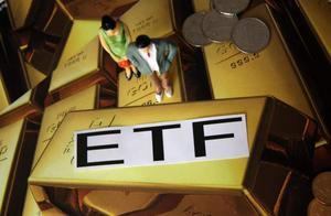 黄金投资,是该走定投路线,还是直接一次性买入?