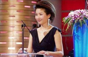51岁央视主持人王小丫近照曝光,网友:与4个月前差别有些大
