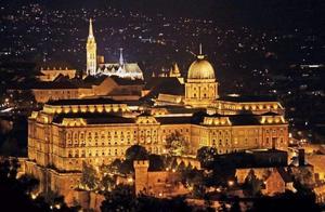 盛开在多瑙河上的布达佩斯