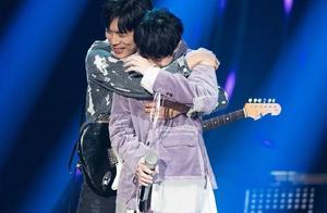 吴青峰深夜发文,首次回应在《歌手》总决赛痛哭的原因