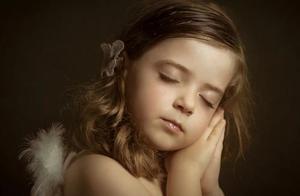 女孩子睡着后的样子,你是什么样子呢?