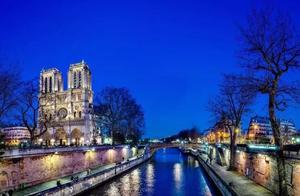 巴黎圣母院大火,塞纳河畔再也品尝不到你的美