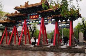 繁华城市里的天然湖泊,泉城济南这个免费景点,因为夏雨荷火了