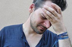 23岁女生头痛剧烈,查出中风,医生叹气:与男友脱不了干系!