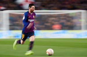 复盘巴萨3-0曼联:索帅做很多但梅西在使得双方实力差距太大