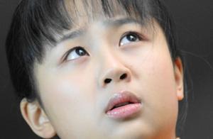 杨紫十年前照片被翻出,满脸胶原蛋白像洋娃娃,简直比现在还美!