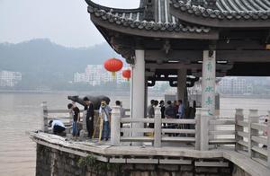 广济桥被撞桥墩未受损,已于22日中午恢复开放