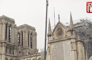 祸不单行!遭遇完大火再遭暴雨袭击?巴黎圣母院恐遭二次破坏