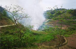 广安邻水警方成功销毁一批非法、过期、质量不合格烟花爆竹