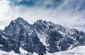 8844米的珠峰早已被征服,而这座纳西人心目中的神山至今无人登顶