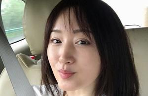 47岁杨钰莹近照曝光,身材发福脸部圆润与精修图差别大