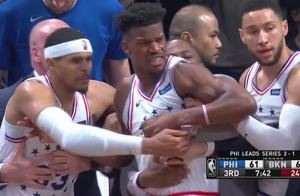 费城与篮网大规模冲突:恩比德高举双手观战,拉塞尔举动令人称赞
