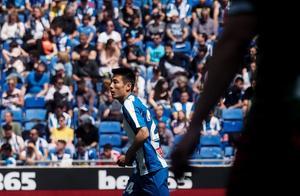 武磊陷入最低谷:加盟西甲后首次1分钟没上,他的位置4人竞争