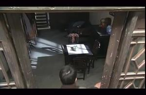 小伙只是几句话,没想到就把无辜的美女忽悠进了警察局!