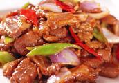 川菜莲花白炒肉怎么做?