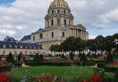 写一篇作文是游记的题目是花都巴黎