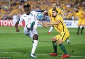 半场-澳大利亚0-0洪都拉斯,穆伊任意球造险